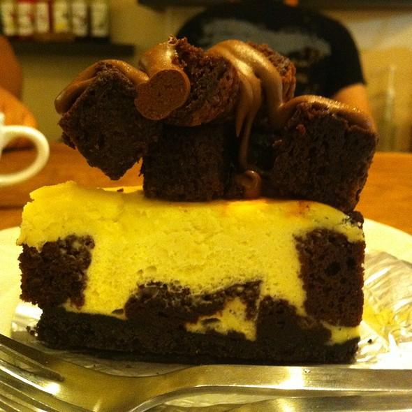 Chocolate Brownie Cheesecake @ Cofesta