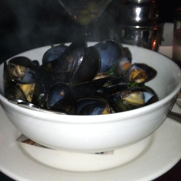 Mussels - Pravda, New York, NY