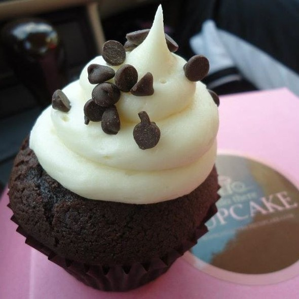 Heavenly Chocolate Cupcake @ Hello There Cupcake