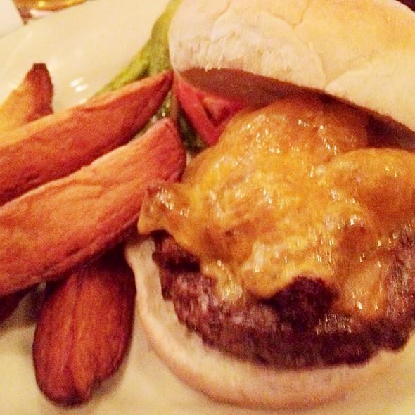 Lafayette Burger @ Wherehouse