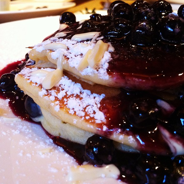 Mississippi Blueberry Griddle Cakes @ Square 1682