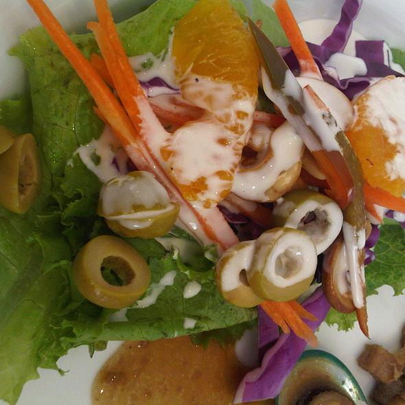 Tagaytay Garden Salad