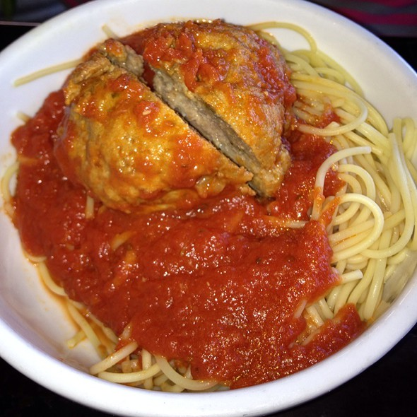 Spaghetti With Meatball @ Savonas Trattoria