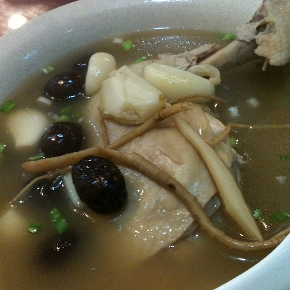人参鸡汤 @ Korea Food