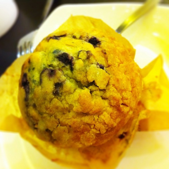 Blueberry Muffin @ Starbucks