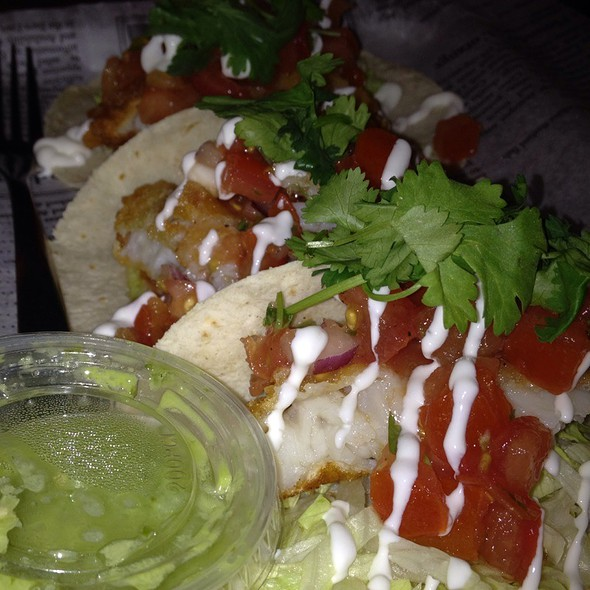 fish tacos @ The One That Got Away