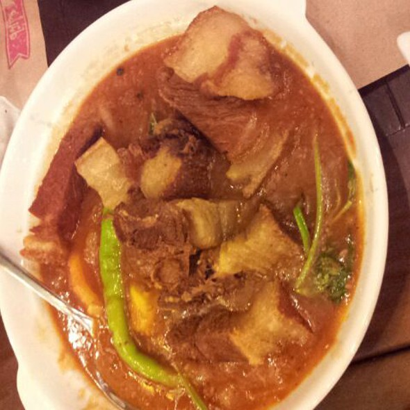 Crispy Binagoongan @ Kanin Club