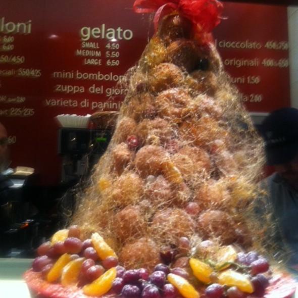 bomboloni tree @ Bomboloni
