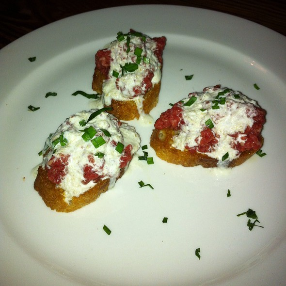 Unroast Beef Sandwiches W/ Horseradish Créme Fraiche And Chives @ Down House
