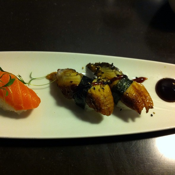 Unagi Nigiri @ Maru Sushi
