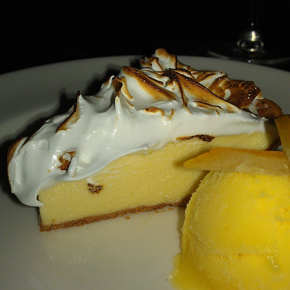 Key Lime Pie @ J. Gilberts Wood-Fired Steaks & Seafood