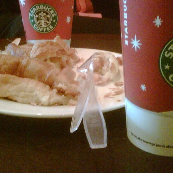 Cheese Croissant @ Starbucks AD