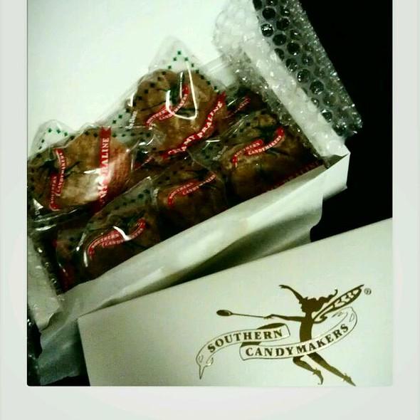 praliné @ Southern Candy Makers