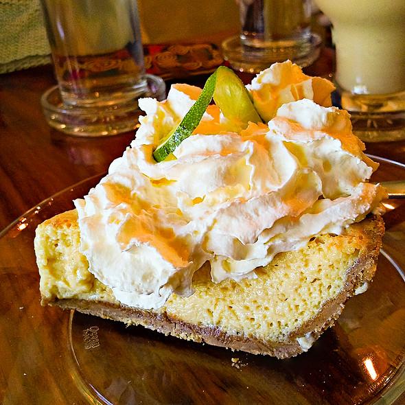 Tropical Mango and Lime Pie @ Saffron Cafe (Luang Prabang)