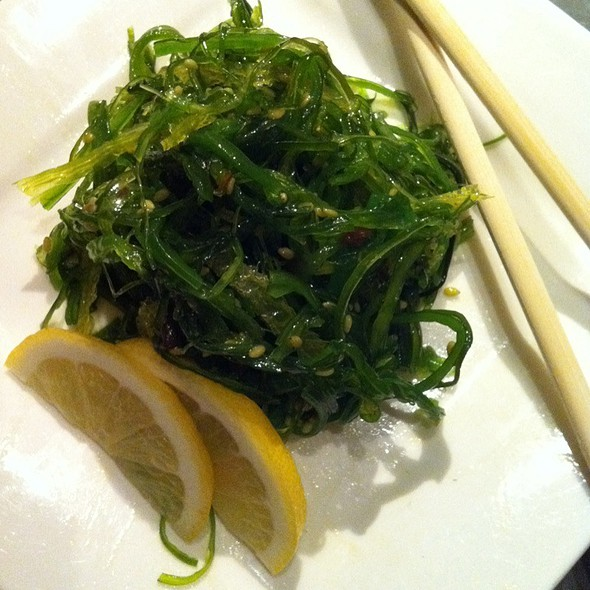 Seaweed salad @ Mikuni Japanese Restaurant and Sushi Bar