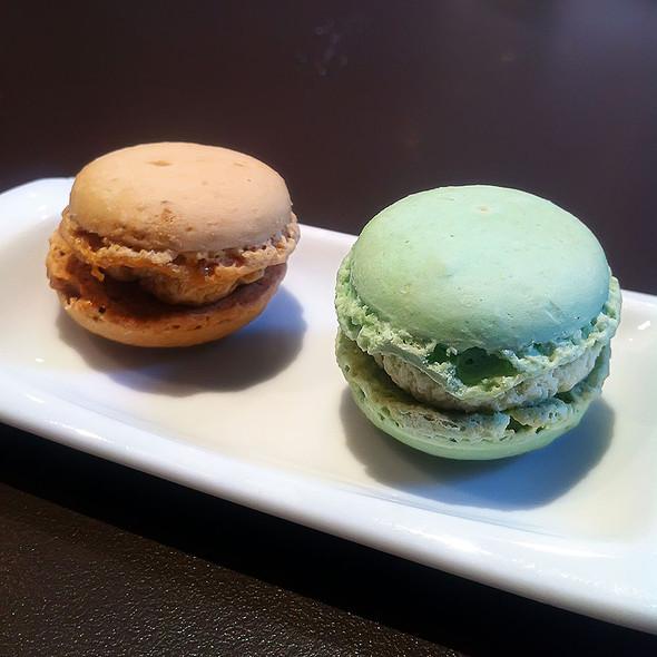 Macarons @ Paris Avenue
