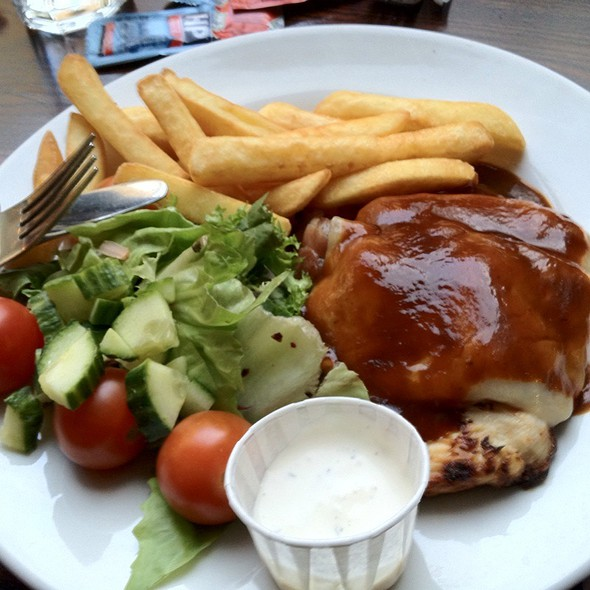 Bbq Chicken Melt Bacon With Salad And Fries @ Wetherspoons