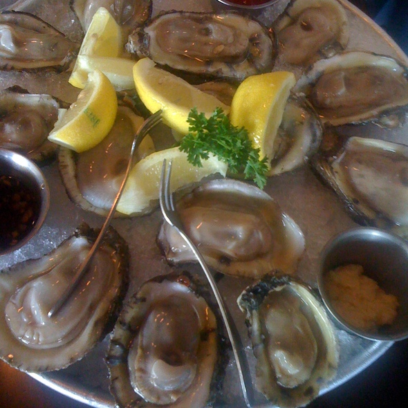 Oysters on the Half Shell @ Pappadeaux Seafood Kitchen