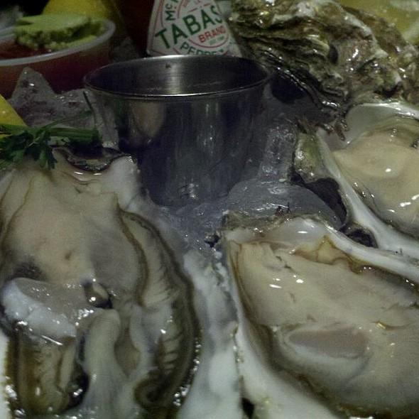Oysters - The Warehouse, Marina Del Rey, CA