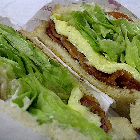 Bacon Egg Lettuce Tomato (BELT) Sandwich at Nation's Giant Hamburgers
