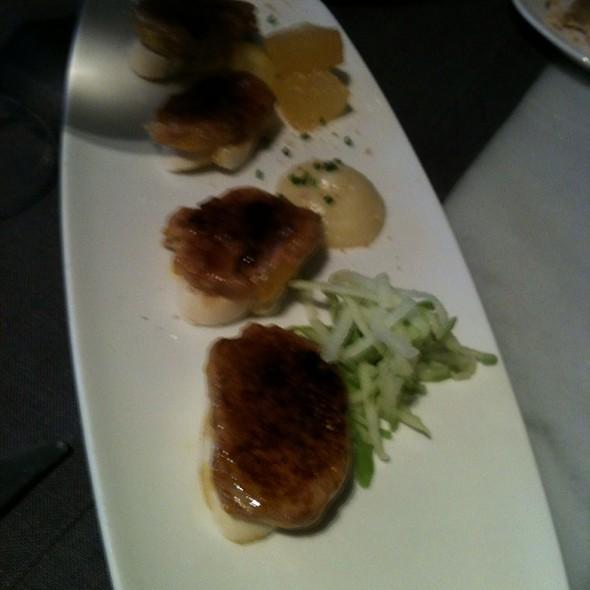 Foie A La Plancha Con Manzana En 3 Testuras @ Lasal