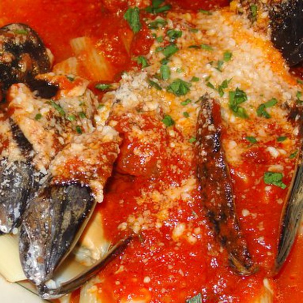 Pasta with Red Mussel Sauce @ Caffe Sport