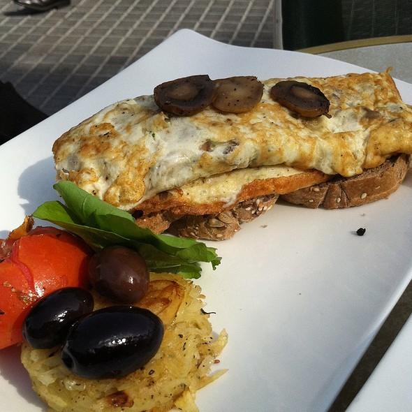 Omelette Witha Mushroom