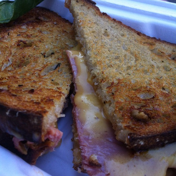 The Piglet @ The American Grilled Cheese Kitchen