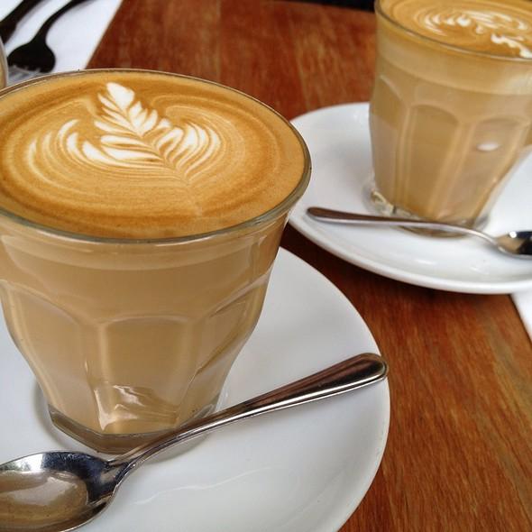 Cafe Latte @ Gnome Cafe
