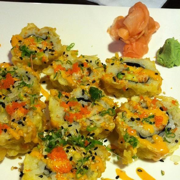 La Roll @ Sakura Sushi