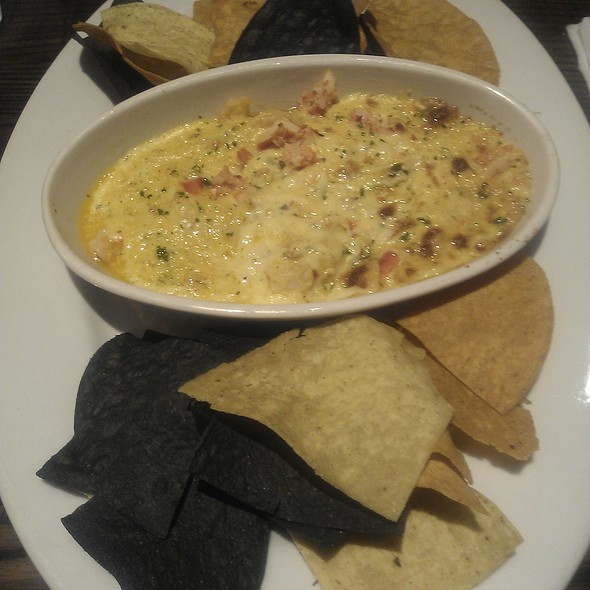 Shrimp and Lobster Dip @ LongHorn SteakHouse