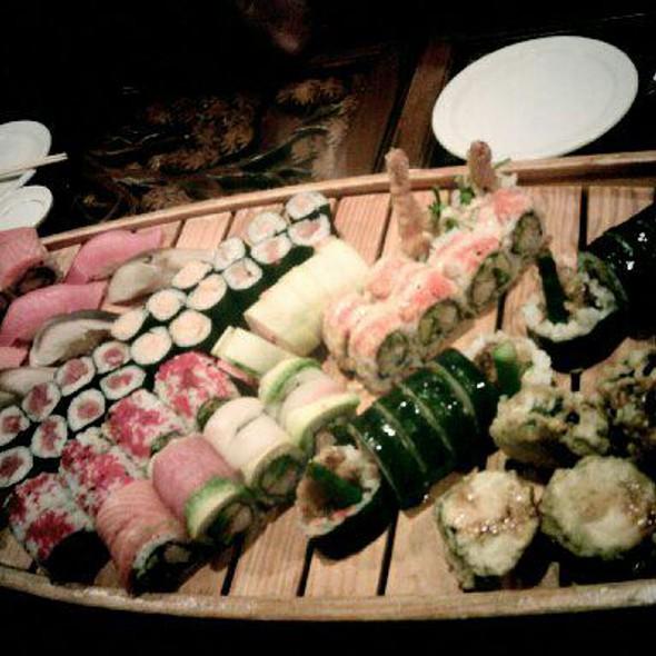 Sushi @ Sushi-Thai