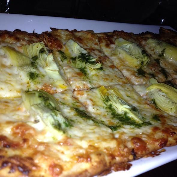 Herb And Artichoke Pizza