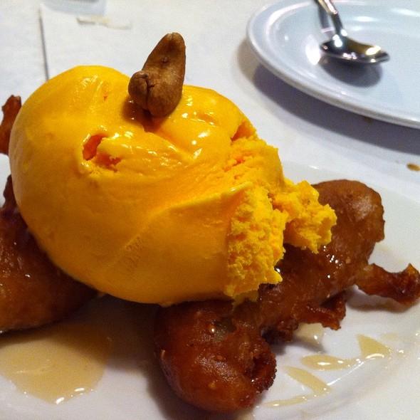 Deep fried banana and ice cream @ Cha-Am Restaurant