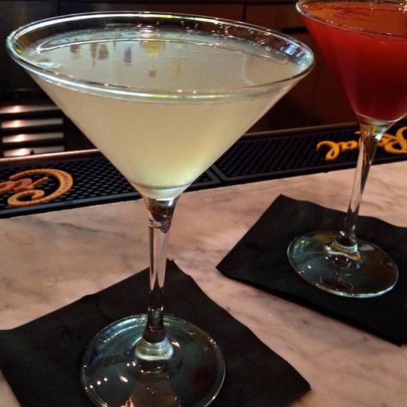 Fleur De Pear Martini