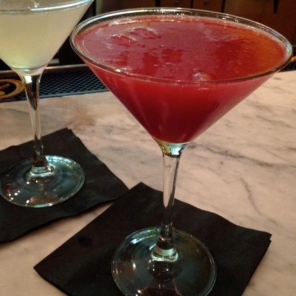 Sex Kitten Cocktail @ Hotel Casa 425