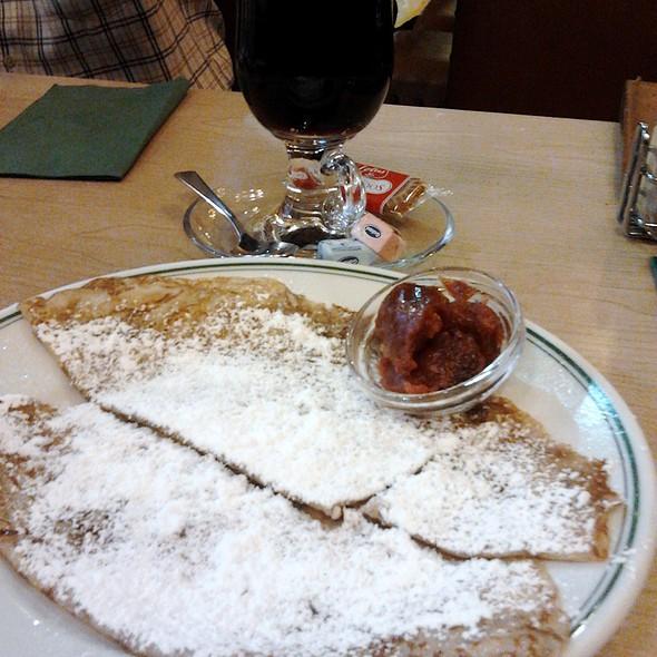 Crepes @ Café La Legende