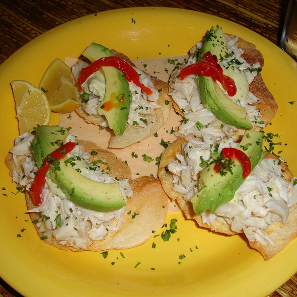 Lump Crab & Avocado Crostini @ Oporto