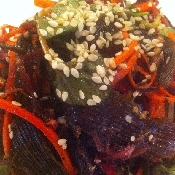 Wild Sea Vegetable Salad @ Gingersnaps Organic