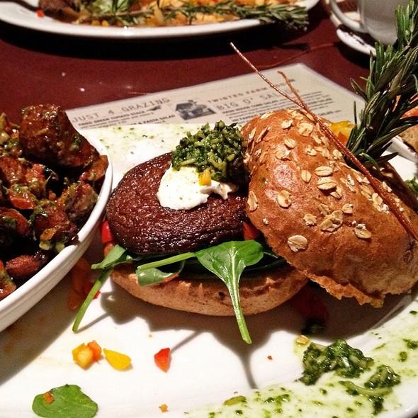 Grilled Portabello Sandwich