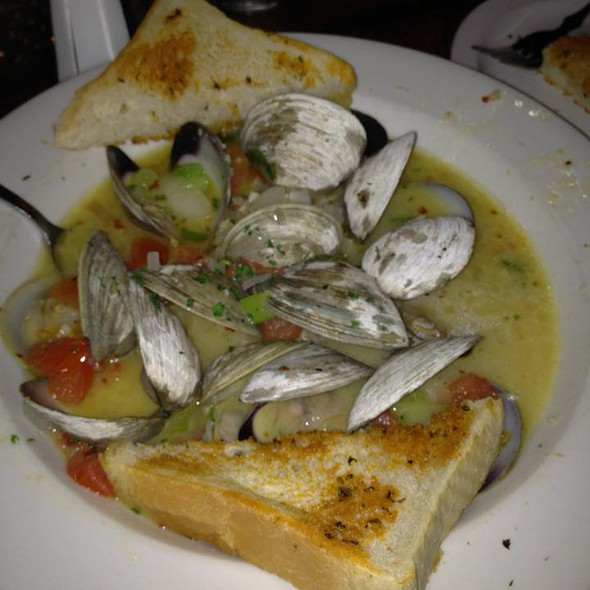 Clams @ Ports Cafe
