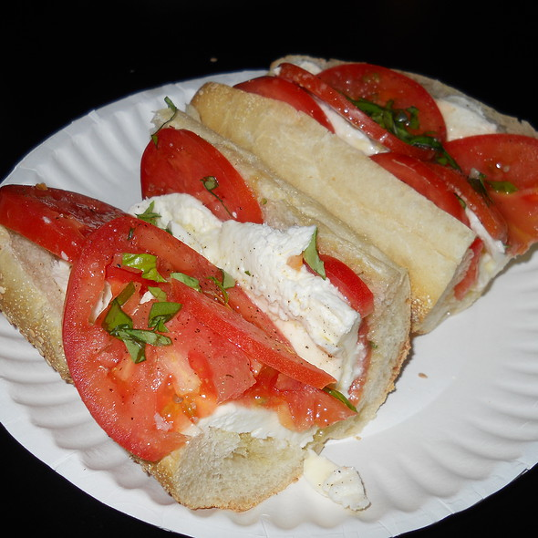 Caprese Hoagie @ Jackson House the