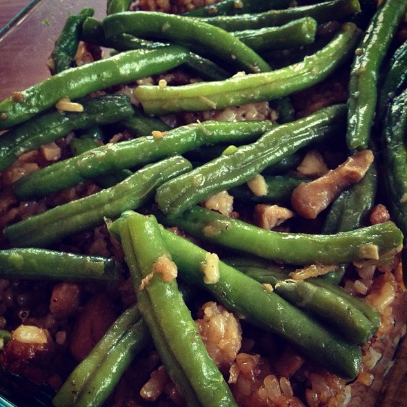 Green Beans With Claypot Rice  @ Home