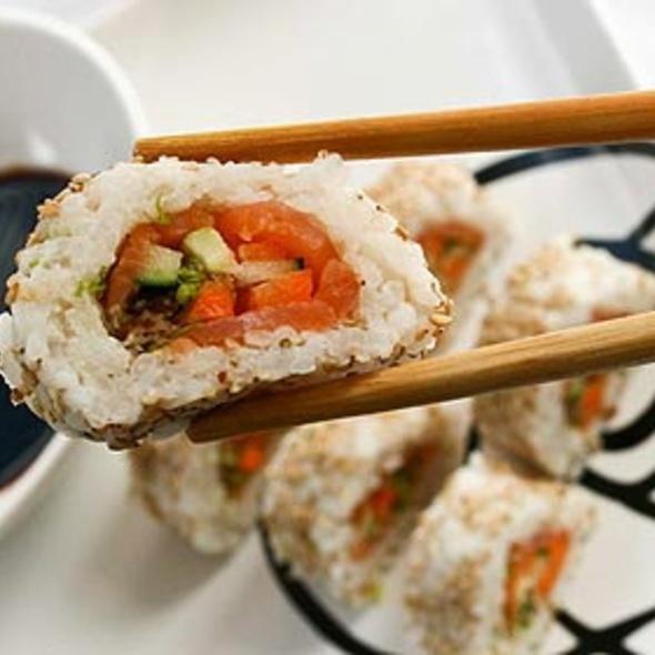 Sushi @ Vetro's Sushi Bar & Cocina Internacional