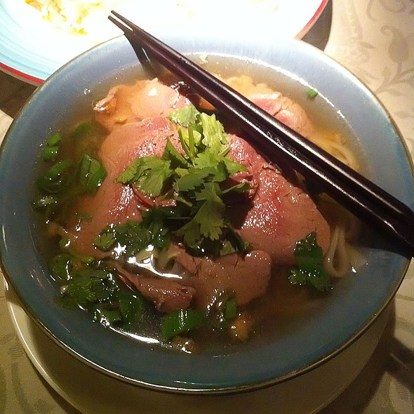 Pho Bo @ Saigon Cafe