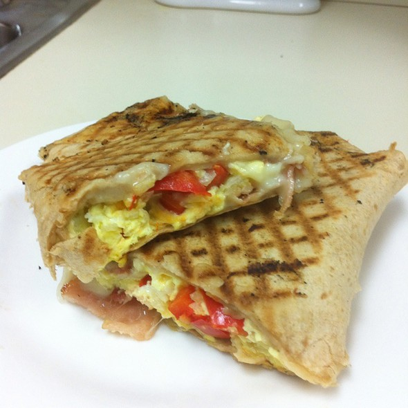Spanish Wrap @ Cafe Central