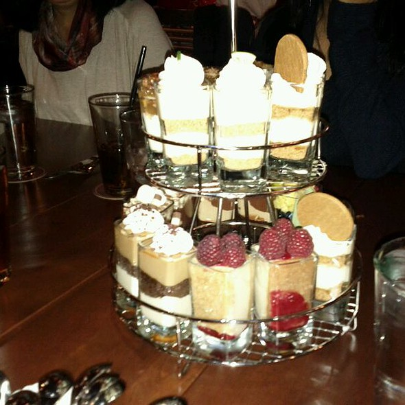 Mini Indulgences @ Seasons 52