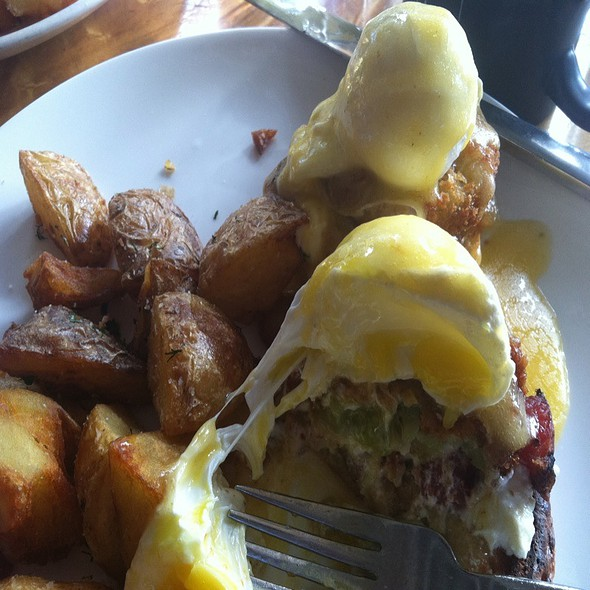 Fried Green Tomato Eggs Benedict @ Mission Beach Cafe
