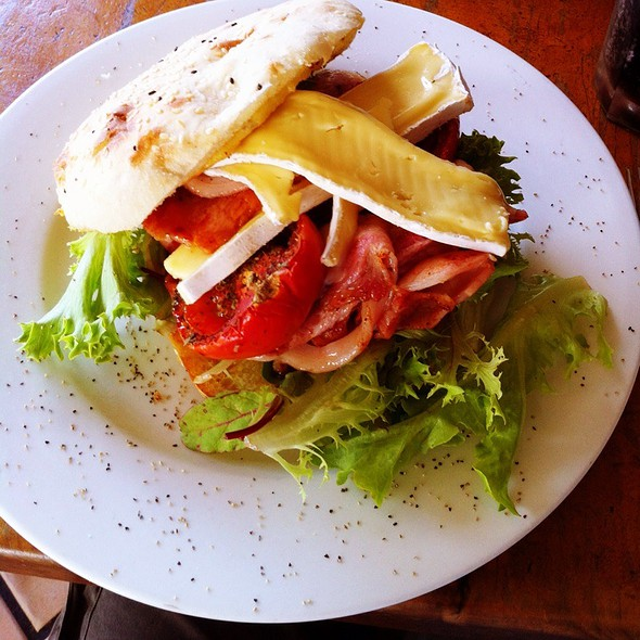 BLT @ Twisted Sista Cafe