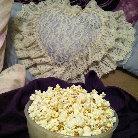Popcorn @ The Bunny Nest